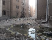 مستنقعات الصرف صحى ومقالب القمامة تحاصر مساكن جامعة جنوب الوادى بقنا