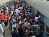 شكاوى من الزحام بمحطة قطار العياط