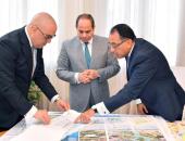 وزير الإسكان للرئيس: 4 ملايين مصرى استفادوا من برنامج الإسكان الاجتماعى