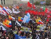 صور.. الآلاف يحتشدون فى موسكو للمطالبة بالإفراج عن محتجين