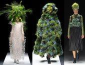 أنا شجرة.. عرض أزياء بأغطية رأس نباتية وطحالب بأسبوع الموضة في باريس
