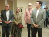 """صور.. افتتاح معرض الدكتورة إيناس الهندى بـ""""فنون جميلة"""" الزمالك"""