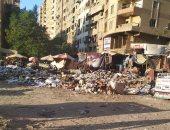 شكوى من تراكم القمامة بشارع النحاس فى مدينة نصر