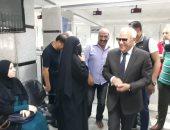 صور.. محافظ بورسعيد يتفقد المركز التكنولوجى بحى الضواحى