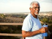 اعرف أهمية التعرض للشمس لكبار السن