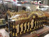 الكنيسة الكاثوليكية تحتفل بوصول رفات القديسة تريزا من فرنسا وتخصص أيامًا لزيارتها