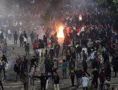 محيط البرلمان الإندونيسى يتحول إلى ساحة حرب بين المتظاهرين وقوات الشرطة