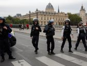 اعتقال 10 أشخاص للاشتباه بهم فى تهريب أسلحة فى فرنسا