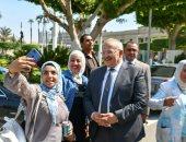 الخشت: جامعة القاهرة تسخر إمكانياتها لأفضل الخدمات والأنشطة الطلابية.. صور