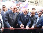 الوزراء و محافظ الجيزة فى افتتاح شارع 306 بالدقى
