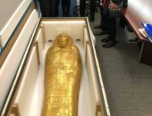 شاهد تابوت نجم عنخ داخل مكتب النائب العام بنيويورك قبل عودته لمصر