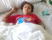 مأساة أب بالشرقية يعانى أطفاله الـ4 من السرطان وفقد 2 منهم.. صور