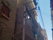 قارئ يشارك صورة إضاءة عامود إنارة صباحا فى مدينة الفشن ببنى سويف