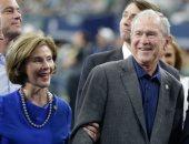 جورج بوش يحضر مباراة كرة قدم أمريكية فى تكساس