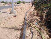 صور.. تركيب خط مواسير مياه لخدمة 70 أسرة ومسجد ومدرسة بالأقصر