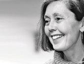 آنا كارسون.. شاعرة كندية الأكثر توقعا للفوز بجائزة نوبل فى الآداب