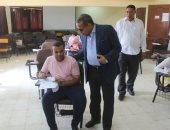 صور.. رئيس جامعة الأقصر يتفقد أعمال امتحانات الدراسات العليا بكلية الآثار