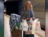 الزهر لعب.. أغنية فى محطة مترو تفتح باب السعد لمشردة أمريكية بمساعدة شرطى