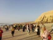 معبد أبوسمبل يستقبل 2100 سائح من مختلف جنسيات العالم