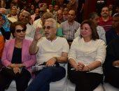 إلهام شاهين: محمود قابيل خلانى أعيش الحب وأقع فى غرامه