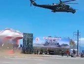 شاهد.. الدبابة الروسية الطائرة تدمر منصة العرض العسكرى الإندونيسى
