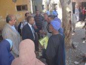 رئيس مركز أبو قرقاص بالمنيا يتابع عددا من الخدمات بقرية بنى موسى