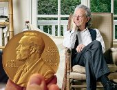 أزمات نوبل للآداب.. 4 أزمات سياسية سبقت فوز بيتر هاندكه .. تعرف عليها