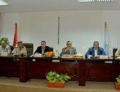 محافظ أسيوط يوافق على تخصيص قطع أراضى لانشاء مدارس ومراكز شباب