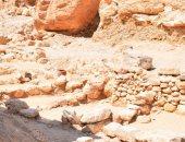 صور.. 30 ورشة لعمال مقابر ملوك الفراعنة وفرن لحرق الفخار بالأقصر