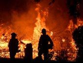 صور.. إجلاء 100 ألف شخص من منازلهم بلوس أنجلوس الأمريكية جرّاء الحرائق