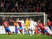التشيك ضد إنجلترا.. التعادل الإيجابى يسيطر على أحداث الشوط الأول