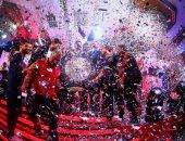 """الحفلة مستمرة.. الأهلي ينشر صورة درع الدورى ويعلق: """"المحنة آخرها فرحة"""""""