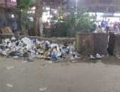 القمامة منشرة فى شارع البحر الأعظم بالجيزة.. شكوى من قارئ