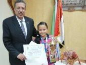 تكرم الفائزين بمسابقات التعليم بالإسكندرية.. والمنطقة الأزهرية تحتفل على بانتصارات أكتوبر