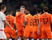بيلاروسيا ضد هولندا.. الطواحين تتفوق بثنائية فاينالدوم فى الشوط الأول