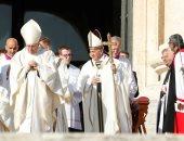 البابا فرنسيس يترأس قداسا لإحياء ذكرى كاردينال بريطانى وراهبة برازيلية