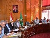 نائب محافظ الإسماعيلية يستعرض الموقف التنفيذى لمشروع الصرف الصحى بأبوصوير