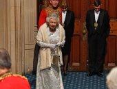 اعرف سر رفض الملكة إليزابيث ارتداء التاج فى جلسة افتتاح البرلمان