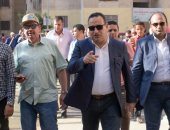 صور ..محافظ الإسكندرية يشدد على الانتهاء من أعمال الصرف الصحى بالمنتزة