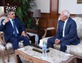 """صور.. محافظ بورسعيد يستقبل رئيس هيئة قناة السويس لتدشين القاطرة """"على شلبى"""""""