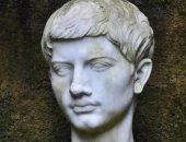 فيرجيل الرومانى.. ابن فلاح يكتب الإنياذة 12 كتابا فى 11 سنة