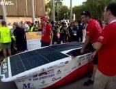 شاهد.. فعاليات أعرق سباقات السيارات العاملة بالطاقة الشمسية فى إستراليا