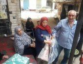 """صور .. """" وكيل تضامن الإسكندرية"""" يزور الآسر المتضررة من حريق شقة بالعصافرة"""