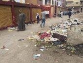 اضبط مخالفة.. أكوام القمامة تحاصر مدارس مدينة طوخ بالقليوبية