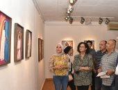 رئيس قطاع الفنون التشكيلية يفتتح معرض الفرح لـ نجاة فاروق بالأوبرا
