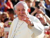 البابا فرنسيس يدعو لتوجيه تمويل الأسلحة إلى البحوث لتجنب تفشى وباء آخر