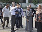 صور.. رئيس جامعة القناة يقرر زيادة أماكن انتظار السيارات داخل الحرم الجامعى