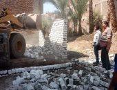 صور.. محافظ سوهاج: إزالات فورية لـ30 حالة تعد وبناء مخالف خلال أسبوعين
