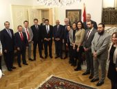 سفير مصر لدى بلجراد ينظم أول لقاء بدار السكن المصرية للبرلمانيين الناطقين بالفرنسية
