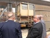 محافظ القاهرة يتابع أعمال إصلاح الخط الأول لمترو الأنفاق.. صور